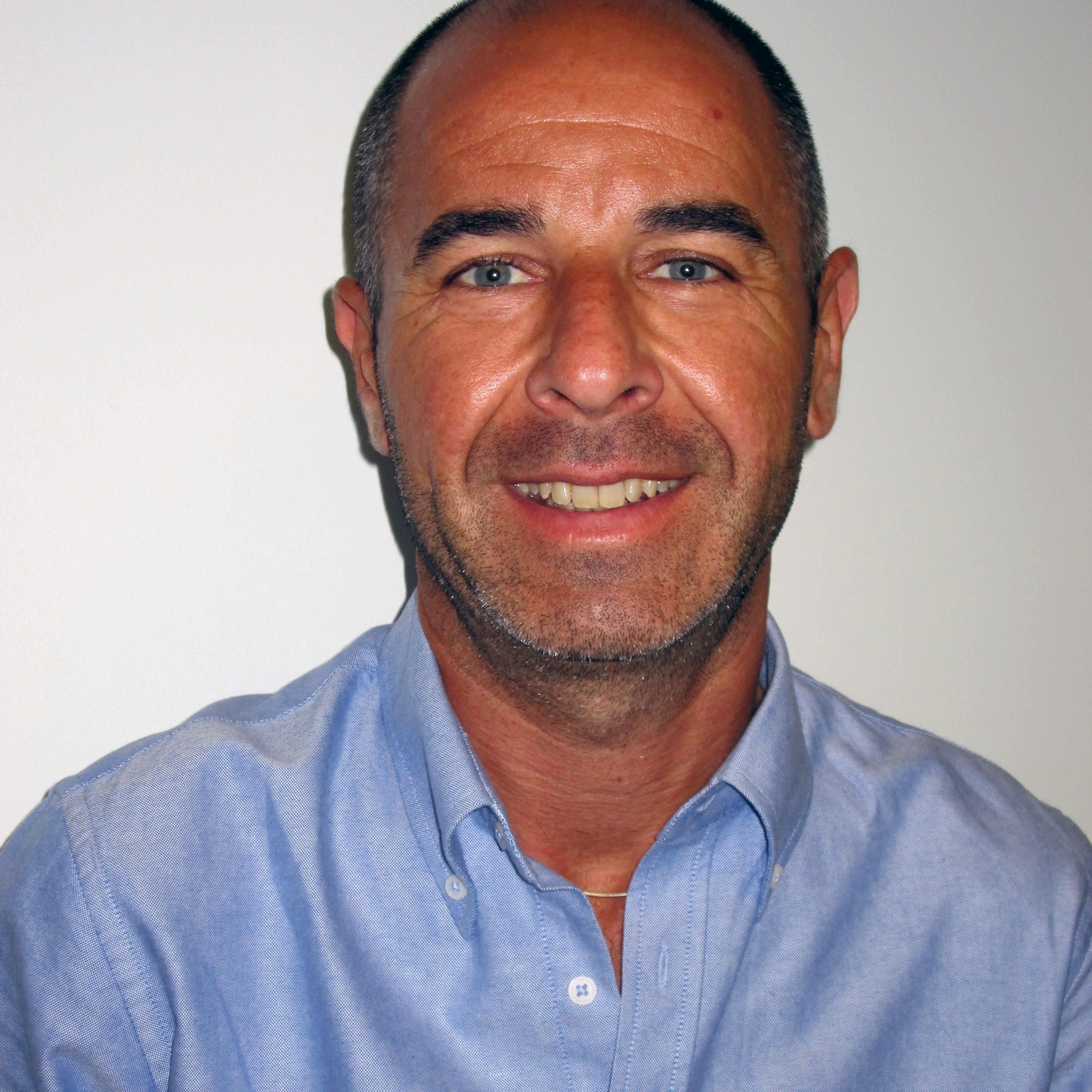 Vincent Dumond Attaché commercial